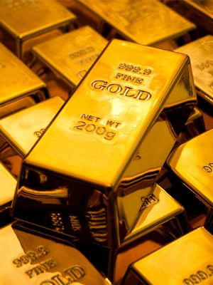 Gold Up Ahead of Jerome Powell's Testimony