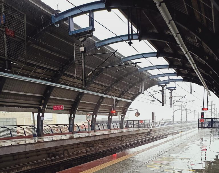 The Delhi Metro implements custom-made project monitoring software